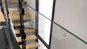 La Bonne Maison - Escalier et plancher verre